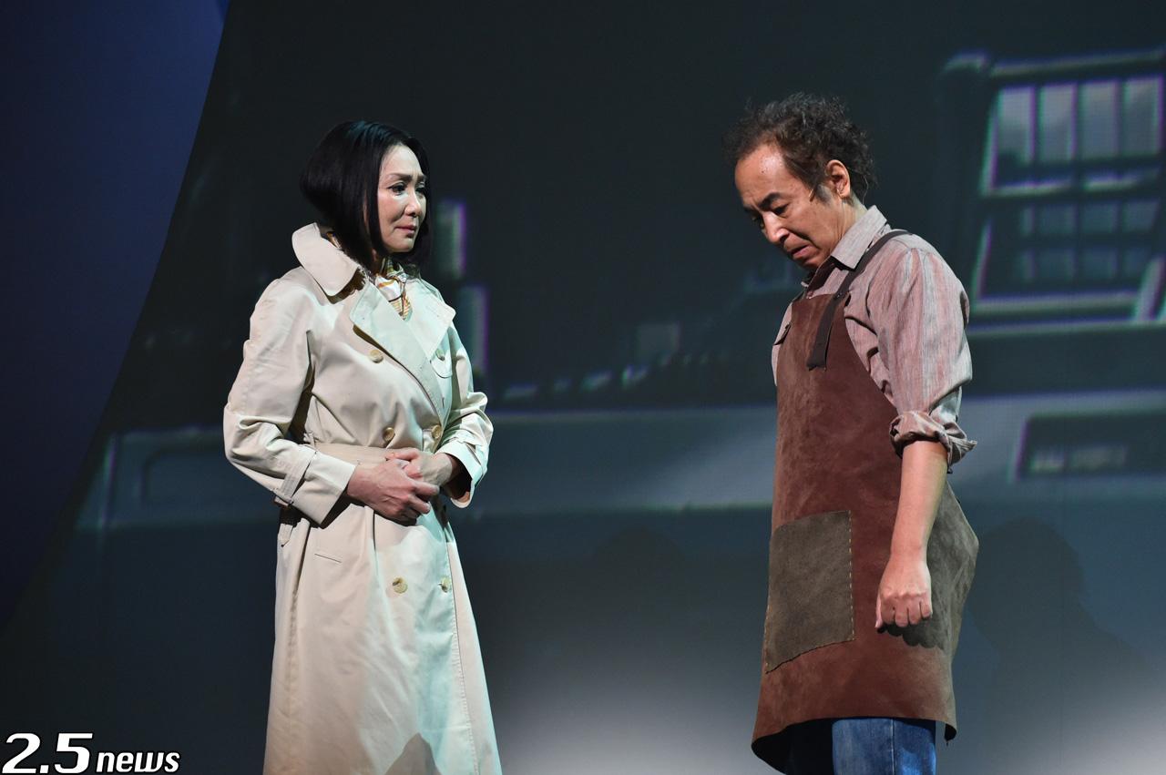 舞台「雲のむこう、約束の場所」
